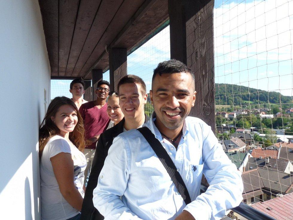 Hranická Základní škola Struhlovsko hostila tento týden pětici cizinců v rámci projektu Edison