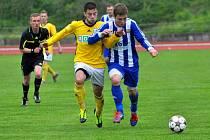 Fotbalisté Hranic (v modrém) proti béčku Karviné