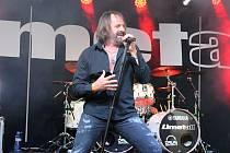Zahradní slavnost hardrockové kapely Limetall v pátek 29. května  na Letní scéně Staré střelnice v Hranicích pod širým nebem.