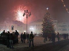 Oslavy nového roku na hranickém Masarykově náměstí. Ilustrační foto