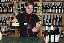 Svatomartinská vína jsou i v Hranicích stále populárnější.Ilustrační foto