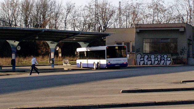 Hranické autobusové nádraží má své nejlepší časy za sebou.