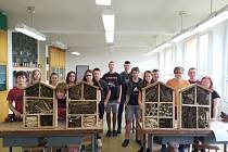 V Základní škole Potštát vyrobili hmyzí hotýlky.