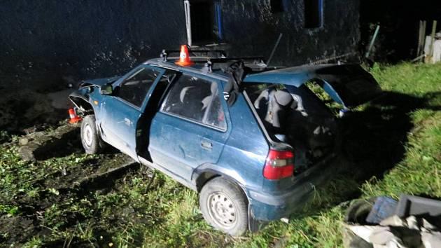 Nehoda opilého řidiče felicie v Potštátu