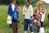 V sobotu 19. června odpoledne se děti vydaly na Putování lesní stezkou.
