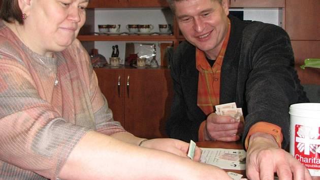 Peníze z Tříkrálové sbírky poslouží charitě.