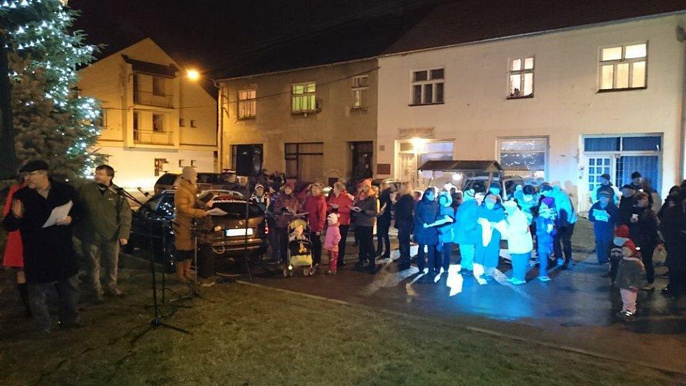 Drahotuše. Česko zpívá koledy 2015