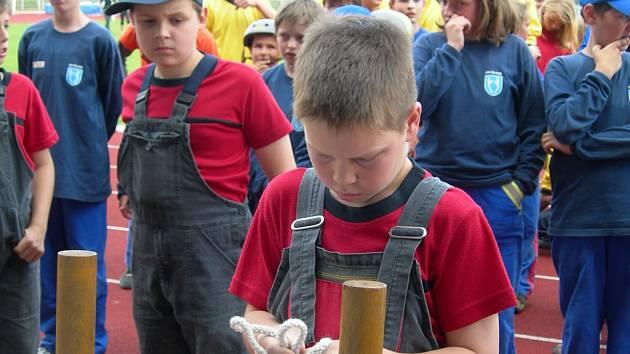 Mladí dobrovolní hasiči z celé Moravy předvedli své umění na 12. ročníku Mistrovství republiky v požárním sportu.