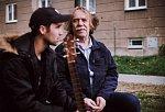 V novém klipu hranického mladého muzikanta Víti Vrbky si zahrál i Jarek Nohavica.