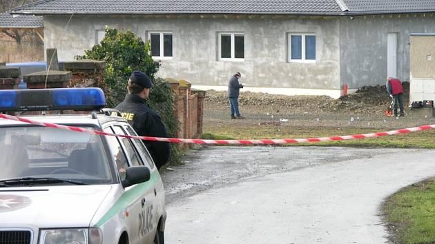 Podnikatele Jiřího Faltu zastřelil před jeho domem dosud neznámý vrah.