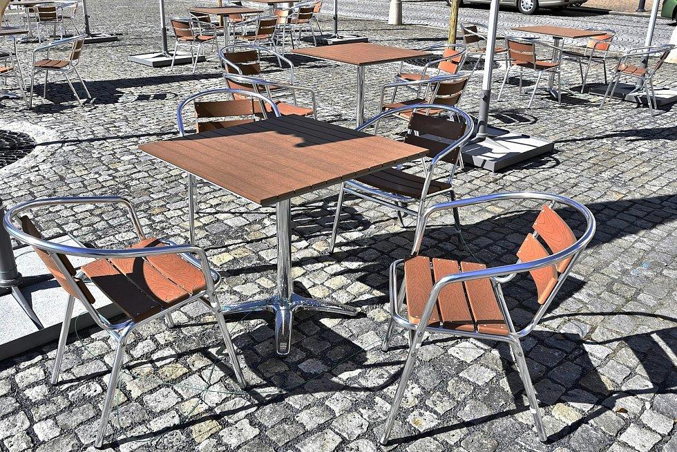 Zrekonstruované náměstí v Hranicích, květen 2021.