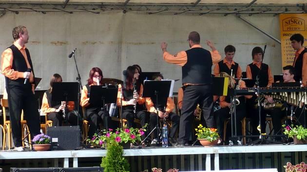 Cílem kulturní akce je získat mladé hudebníky, kteří by pokračovali v tradicích.