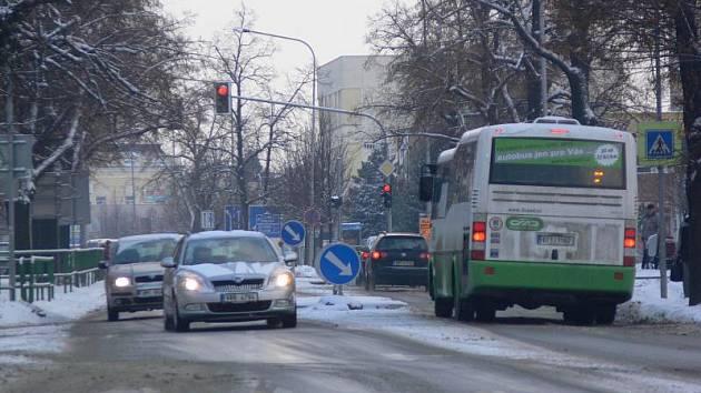 Zasněžené ulice v Hranicích