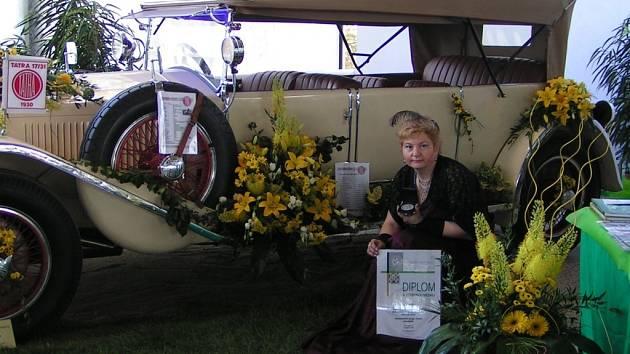 Za tuto expozici získala Liběna Hrešková z Rouského stříbrnou medaili na Floře Olomouc.