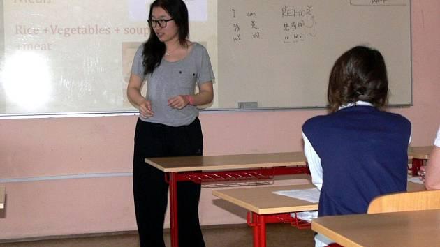 Žáci Základní školy Struhlovsko v průběhu týdne absolvovali 18 hodin angličtiny s cizími lektory
