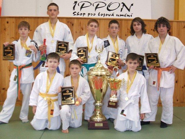 Judisté Femaxu Hranice vybojovali v Ostravě zlaté medaile a putovní pohár.