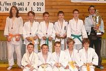Družstvo starších žáků Judo klubu Femax Hranice.