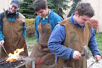 Jak se uživí buoucí kováři? Mají šanci, protože zájem o  dobré řemeslníky se zvyšuje.