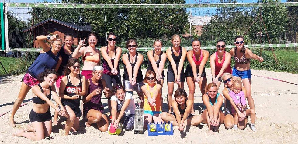 Ženské beachvolejbalové dvojice v Drahotuších