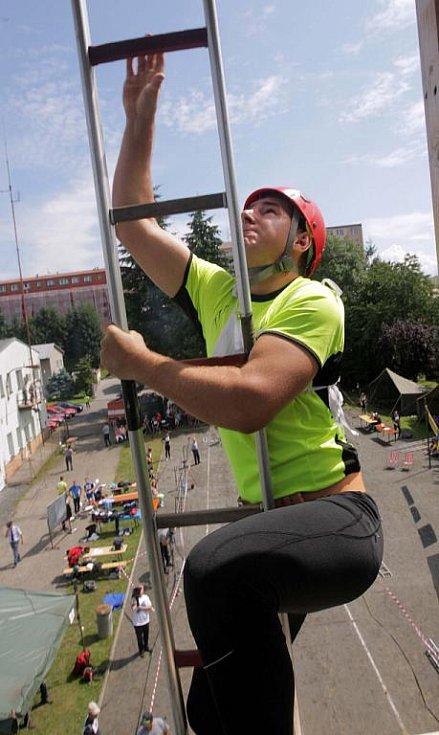Druhý ročník hasičské soutěže ve zdolání Hranické věže