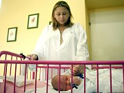 Eliška Vsetínská, jak ji zdravotníci začali nazývat, je zatím v péči zlínské krajské nemocnice.