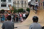 Akce zaměřená proti netolismu na náměstí v Hranicích