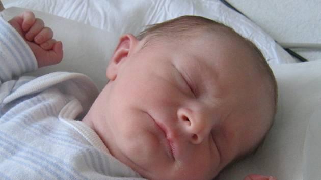 Vít Bartošek, Hranice, narozen 20. srpna 2012 v Přerově, míra 46 cm, váha 2400 g