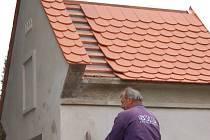 Tučínská kaple dostane novou střechu a dočká se i omítky.