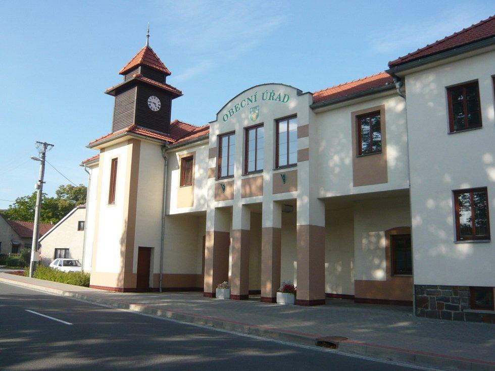 Obecní úřad v Olšovci