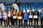 Ti nejúspěšnější mladí sportovci okresního kola Odznaku všestrannosti Sazka Olympijského víceboje a Šárka Kašpárková v Hranicích