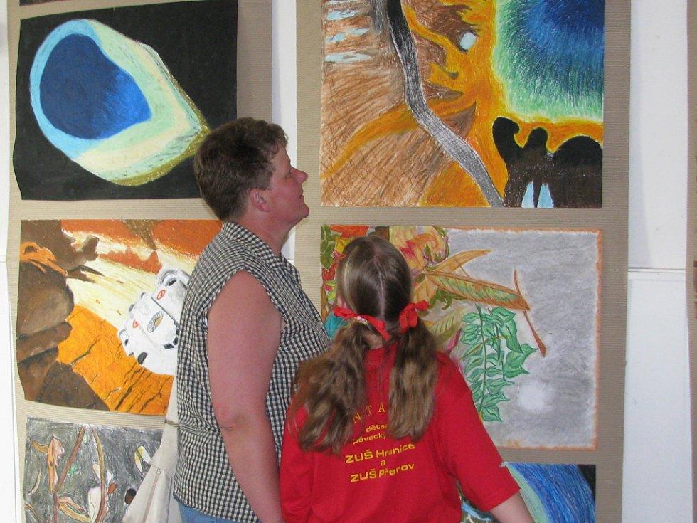 Galerii M+M zdobí práce dětí z mateřských a základních škol.