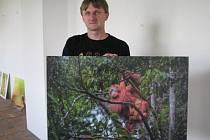 Cestovatel Lukáš Kovár v Hranicích vystavuje své snímky z Bornea