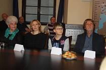 Cenu města Hranic dostali také potápěči České speleologické společnosti z Hranického krasu za výzkum Hranické propasti.