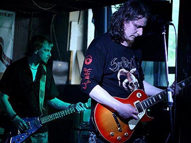 Album Arctangel hranické kapely Liveevil je nejlepší debut roku 2007.