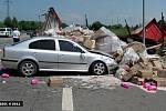 Tragická srážka dvou osobních aut a kamionu Na Horecku u Lipníka nad Bečvou
