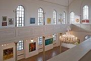 Obrazy Tibora Červeňáka ve výstavní síni Synagoga v Hranicích