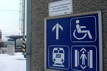 Na nástupiště jen se vstupenkou nebo jízdenkou