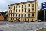 Stavba nového parkoviště v Komenského ulici v Hranicích