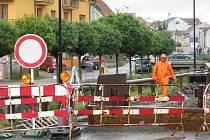 Uzavírka Komenského ulice v Hranicích