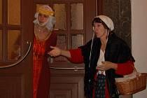 Na návštěvníky Lipníku čekaly postavy v historických kostýmech, které formou scének přiblížily důležité události z dějin města.