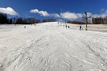 Ski areál Potštát přivítal v sobotu 4. ledna 2020 první lyžaře.