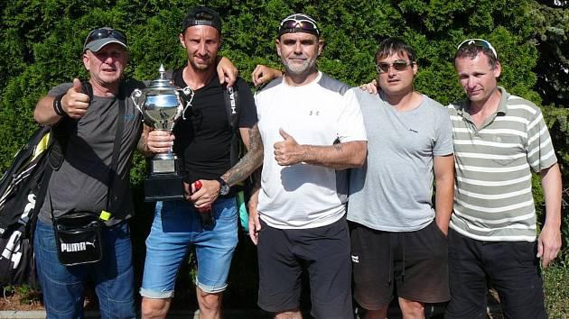 Úspěšní veteráni z Club Tennis Hranice