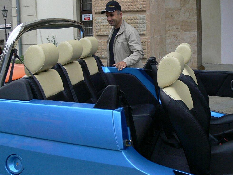 Pasažéři na zadních sedačkách Street Roadster Pony budou mít dostatek prostoru.