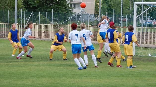 Ženy 1. FC Přerov v domácím prostředí otočily zápas v Vítkovicemi a vyhrály 4:2.
