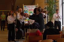 12. listopadu oslavili v Základní škole Svisle v Přerově 40. výročí založení