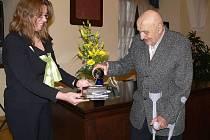 Autor publikace o hranické Sigmě Jan Zohorna pokřtil svou knihu