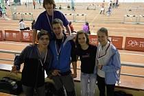 Atleti v ochozech bratislavské haly