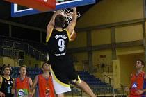 Smečující Kamil Švrdlík se pravidelně zařazuje mezi nejlepší střelce týmu.