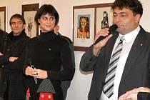 Vernisáže výstavy slovinských autorů se zúčastnili sami tvůrci i zástupci patrnerských měst.
