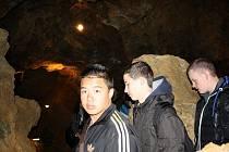 Studenti obdivovali krásy teplických jeskyní
